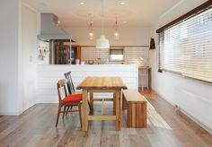 サンルームのあるシンプル&ナチュラルハウス   施工事例   アシストホーム-札幌での注文住宅を提案