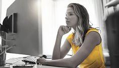Qui a dit que décembre n'était pas un mois pour trouver l'emploi de ses rêves? Fausse idée, tout ne s'arrête pas! Aussi, pour « booster » vos candidatures, attardez-vous sur la mise à jour de vos profils sur les médias sociaux. Nous vous donnons cinq conseils qui, selon nous, feront pencher la balance en votre faveur! À vous de jouer.  https://www.promutuelassurance.ca/fr/blogue/emploi/cinq-commandements-pour-trouver-emploi-de-vos-rêves-grace-aux-medias-sociaux