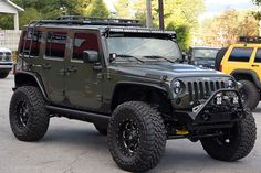 Custom 2015 Jeep Wrangler Unlimited Rubicon Tank - Baja Designs Lights