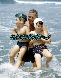 Desi Arnaz with his children