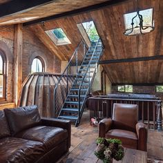 #AnatomyofanAttic. Finished interior #restoration of that #Landmarked #Brooklyn #townhouse #attic, complete with #bookmatched #reclaimed #joists cladding the ceiling and a custom #steel #stair to new #RoofDeck. #Pine plank #flooring and other original 1840s building fabric remain undisturbed. Thanks to #RobertTafferaInc for #construction / #preservation and #PeterPeirce for photography. #Y8studio #jordanwwyatt #architecture #baxtingui #madeinusa #renovation #sustainability