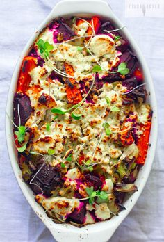 Beet and Carrot Detox Bake - Beautiful, healthy food that's easy to make and SO GOOD for you! It doesn't get much better then that!
