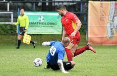 Gabriel Pristolian și-a trecut pe răboj un nou hattrick, duminică, în meciul dintre Romprim și Tricolor FC Running, Sports, Hs Sports, Keep Running, Excercise, Why I Run, Lob, Sport, Exercise