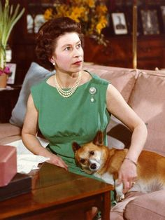 As Queen Elizabeth II celebrates 60 years on the throne, we look back at her love affair with her favorite animal: the corgi. Her first, Susan, was given to her on her eighteenth birthday and since then, the Queen has owned four to five at a time. George Vi, God Save The Queen, Prinz Philip, Reine Victoria, Queen Victoria, Pekinese, Isabel Ii, Her Majesty The Queen, Queen Of England