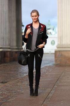 Bomber & skinny jeans