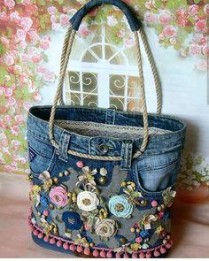 Best 12 Free Tutorial: Easy support for sewing in pocket bottoms - Diy tasche nähen - bags Jean Crafts, Denim Crafts, Boho Bags, Old Jeans, Denim Jeans, Denim Bags From Jeans, Recycled Denim, Fabric Bags, Fabric Basket
