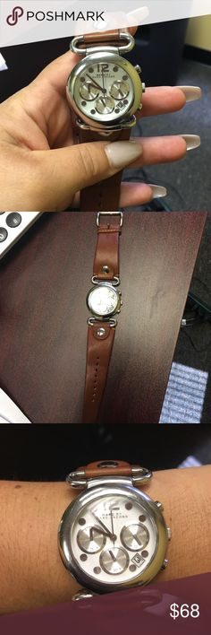 Marc Jacobs leather watch A cute watch in good condition has a new batterie Other
