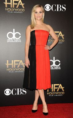 reese-witherspoon-black-red-dress-hollywood-film-awards-2014