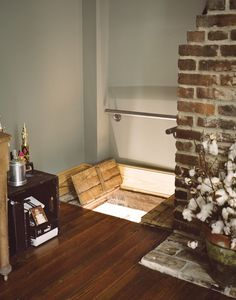 Dream House Secret Passage Trap Door - New Ideas Hidden Spaces, Hidden Rooms, Small Spaces, Passage Secret, Rustic Renovations, Roof Beam, Trap Door, Interior Decorating, Interior Design