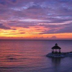 Gazebo during sunset...MoBay!