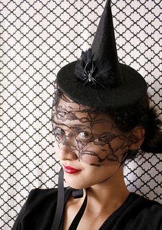 Halloween DIY party hats