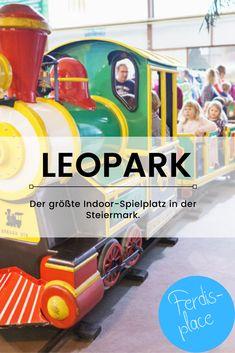 Der Leopark in der Steiermark bietet auf unglaublichen 2.400 m² alles, was sich Kind wünschen kann. Trampolin, Kletterturm, Zug und an vieles mehr wurde gedacht. Ein super Ausflugsziel für die ganze Familie. #ferdisplace #ausflug #familie #steiermark #indoor #fun Super, Mom And Dad, Train, Kids