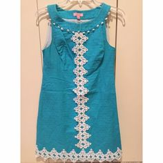 Lilly Pulitzer Turquoise Shift Dress Worn a few times. No signs of wear Lilly Pulitzer Dresses