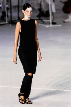 Chalayan Spring 1998 Ready-to-Wear Fashion Show