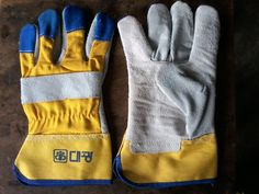 3 Tickly Split Leather Canadian #HandGloves
