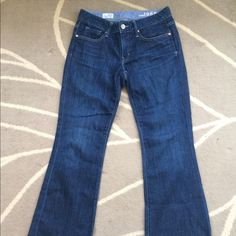 Gap Long & Lean Jeans Like new! Perfect condition. Wide leg. Length is  30. Waist is 26. GAP Jeans Flare & Wide Leg
