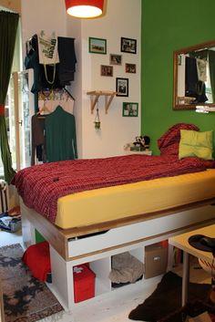 IKEA Hackers: Very hacky in Berlin - 10m² full of storage. bed storage. bed frame.