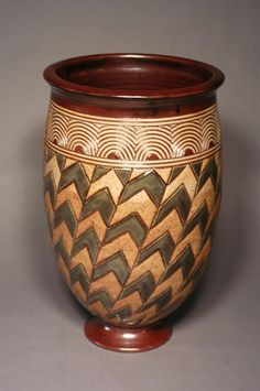 In Touch with the Spirit: Contemporary African American artists - Ohio Designer Craftsmen African American Artist, American Artists, Native American, Pottery Vase, Ceramic Pottery, Potters Clay, Africa Art, Black Artists, Pattern And Decoration