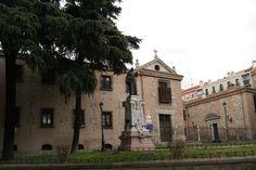 La sangre líquida de San Pantaleón,   En el Real Monasterio de la Encarnación de custodia la sangre de San Pantaleón, que según la tradición se hace líquida cada 27 de julio con la onomástica del santo.