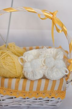 Baby Wool Boots - White https://www.facebook.com/flocosdela