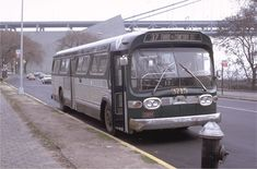 The Bronx New York, Metropolitan Transportation Authority, Bus City, Buses And Trains, Run Today, Bus Coach, Vintage New York, Jersey City, Public Service