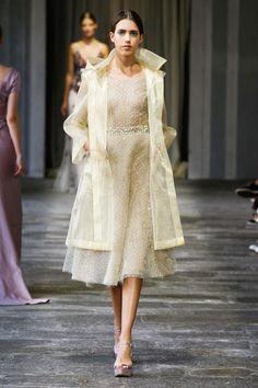Luisa Beccaria at Milan Fashion Week Spring 2015 - Runway Photos Moda Fashion, Runway Fashion, Fashion Show, Fashion Design, High Fashion, Women's Fashion, Luisa Beccaria, Costume, Stylish Dresses