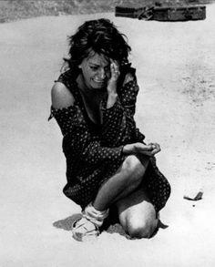 Dos Mujeres (La Ciociara - 1960 - Vittorio de Sica) Sophía Loren