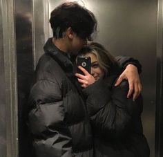 Cute Couples Photos, Cute Couple Pictures, Cute Couples Goals, Couple Photos, Cute Teen Couples, Emo Couples, Teenage Couples, Cute Couple Selfies, Beautiful Pictures