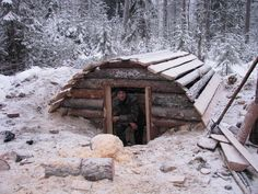 Bushcraft Winter Shelter Long term woodland shelter
