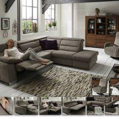 Atraktivní a pohodlná sedací souprava v látkovém provedení. Velmi variabilní: mnoho elementů. Polohovatelná část hlavové části opěradla - opěrky hlavy u každého elementu. Couch, Living Room, Furniture, Home Decor, Settee, Decoration Home, Sofa, Room Decor, Home Living Room