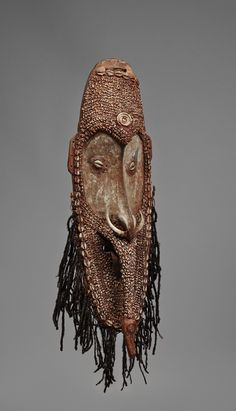 A MEI MASK  Sepik River, New Guinea, Auktion 1045 Afrikanische und Ozeanische Kunst, Lot 152