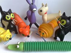 Vintage Stuff, Vintage Toys, Jean Dubuffet, Antique Toys, Big Kids, Minions, Ornament, Kitty, Ceramics