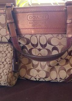 Kup mój przedmiot na #vintedpl http://www.vinted.pl/damskie-torby-i-plecaki/torby-na-ramie/21016105-coach-torebka-na-ramie-coach-torebka