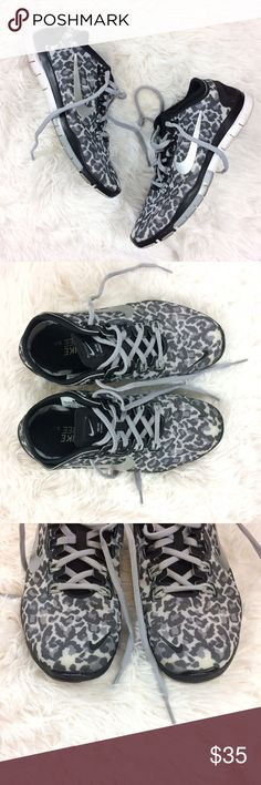 NIKE free connect 2 leopard print sneakers Brand : Nike Size : 6.5 Condition : excellent condition   *black+grey leopard print *wear on soles *some wear on insoles Nike Shoes Sneakers