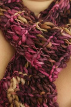 Ravelry: Instant Gratification Scarf pattern by Cyn Super Bulky wpi) good for thick and thin yarn US 13 - mm, US 15 - mm 65 - 130 yards Chunky Knit Scarves, Chunky Yarn, Baby Knitting Patterns, Loom Knitting, Scarf Patterns, Free Knitting, Finger Knitting, Big Yarn, Knitting For Beginners