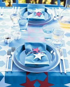 """See the """"Four-Star Dining Decorations"""" in our Patriotic Red, White, and Blue Crafts and Party Decorations gallery"""
