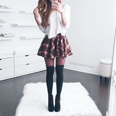 Fashion pleated skirt outfit short, mini skirt outfits, plaid mini skirt, m Best Casual Outfits, Fall Fashion Outfits, Look Fashion, Teen Fashion, Spring Outfits, Korean Fashion, Cute Fashion, Fashion Styles, Latest Fashion