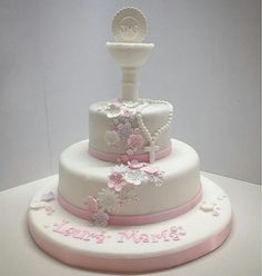 Torta Primera Comunion Niña Fondant Cakes, Cupcake Cakes, Dedication Cake, Confirmation Cakes, Baptism Cakes, First Holy Communion Cake, First Communion Decorations, London Cake, Funny Cake