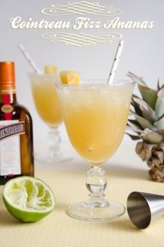 cocktail Cointreau Fizz ananas non alcoholic drinks Cocktail Cointreau Fizz Ananas Non Alcoholic Drinks Cocktails, Cointreau Cocktails, Bourbon Cocktails, Beverages, Pineapple Cocktail, Sour Cocktail, Cocktail Drinks, Best Cocktail Recipes, Vegetable Drinks