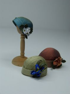 1920s miniature silk cloche hat with flowers by LatchkeyAndJonquil