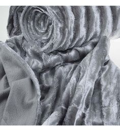 SYNTHETIC FUR THROW  IN GREY COLOR 150X180