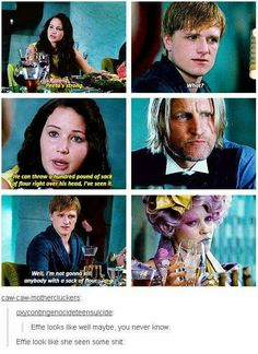 What this scene says to me is that Katniss has noticed Peeta over the years outside of the time he saved her life. EVERLARK FEELS FOR THE WIN Hunger Games Memes, Hunger Games Cast, Hunger Games Fandom, Hunger Games Trilogy, Effie Hunger Games, Tribute Von Panem, Collateral Beauty, Jenifer Lawrence, Game Quotes
