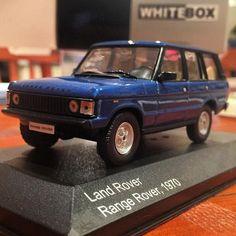 Whitebox Range Rover in 1/43 #Whitebox #Landrover #rangerover #diecastlandrover #diecastcollector #rrc #rangeroverclassic #diecastcars #best4x4xfar