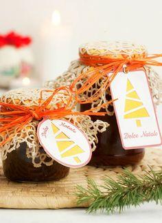 Se ti piacepreparare confetture e marmellate,ecco come puoi confezionarne i barattoli perfare un belregalo di Natale