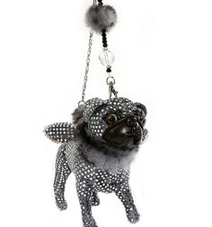 OMG Pug!! All of Fuzzy Nation's dog purses are super cute.