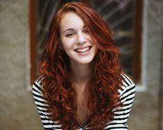 Burgund Rot Samt-Haar-Farbe