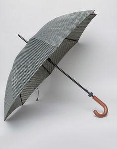 Shop the latest Fulton Huntsman Tweed Umbrella trends with ASOS! Fulton Umbrella, Umbrella Man, Best Brand, Tweed, Canopy, Handle, Frame, Style, Umbrellas