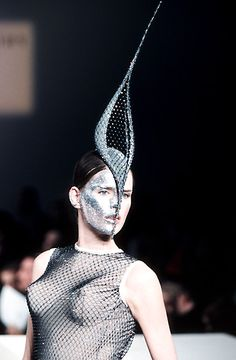 Philip Treacy FW 1998