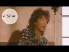 おはようございます。 今日8/20はロバート・プラントの誕生日。 今朝の一曲は「ビッグ・ログ」、1983年の曲。 ハイトーン・パワフルなレッド・ツェッペリン時代とは違ったアダルトなヴォーカルが渋いですね。 ふと気付けば、今週の選曲はジャズから離れ、しかも意図せずしてロバート特集になっているような(^_^;; あと誰がいたかなぁ、ロバートくん(^.^)