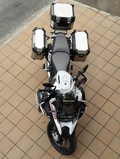 Nice BMW 2017: BMW R1200GS ADVENTURE 2016... BMW Gs1200R Check more at http://carsboard.pro/2017/2017/01/14/bmw-2017-bmw-r1200gs-adventure-2016-bmw-gs1200r/